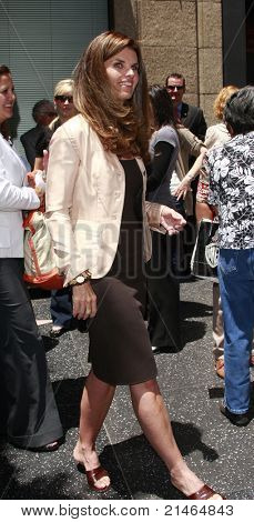 LOS ANGELES - JUN 27: Maria Shriver at a ceremony to honor Susan Saint James with a star on the Hollywood Walk of Fame on June 11, 2008 in Los Angeles, California