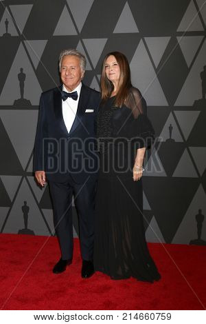 LOS ANGELES - NOV 11:  Dustin Hoffman, Lisa Hoffman at the AMPAS 9th Annual Governors Awards at Dolby Ballroom on November 11, 2017 in Los Angeles, CA