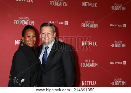 LOS ANGELES - NOV 9:  Nicole Avant, Ted Sarandos at the Patron of the Artists Awards 2017 at Wallis Annenberg Centeron November 9, 2017 in Beverly Hills, CA