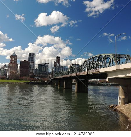 downtown Portland Or across the Willamette River in sunshine