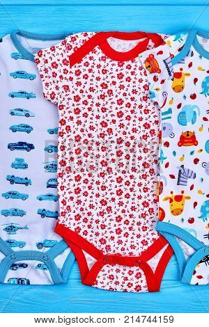 Top quality babies summer bodysuits. Colorful patterned natural rompers for newborn. Printed cotton clothing for infant baby.