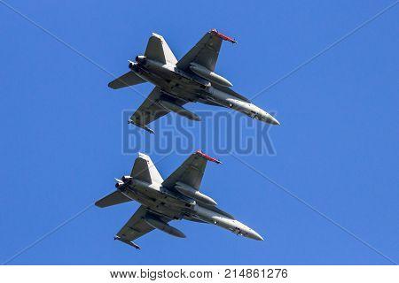 Mcdonnell Douglas F/a-18 Hornet Fighter Jets