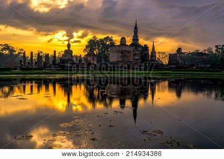 Sunrise Scence Of Wat Mahathat Temple In The Sukhothai Historical Park Contains The Ruins Of Old Suk