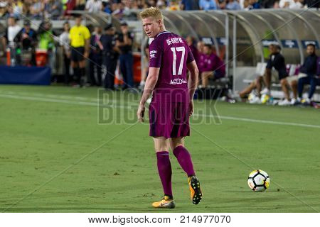 LOS ANGELES, CA - JULY 26: Kevin De Bruyne during the 2017 International Champions Cup game between Manchester City and Real Madrid on July 26th 2017 at the Los Angeles Memorial Coliseum.