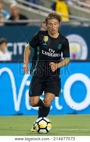 LOS ANGELES, CA - JULY 26: Luka Modric during the 2017 International Champions Cup game between Manchester City and Real Madrid on July 26th 2017 at the Los Angeles Memorial Coliseum.
