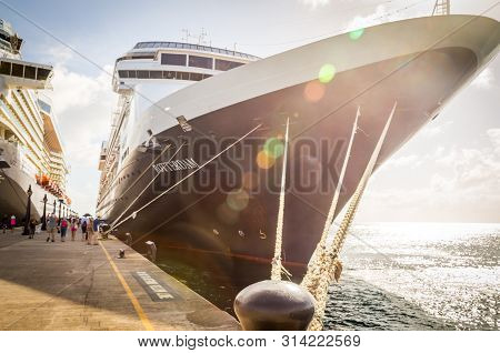 Basseterre, St. Kits And Nevis 14 December, 2016: Cruise Passengers Return To Cruise Ships At St Kit
