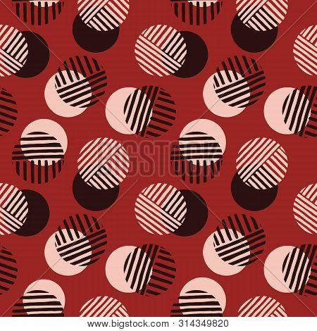 Exaggerated Retro Geo Dots Vector Seamless Pattern. Over Scaled Modern Geometric Dusty Pink Circles.