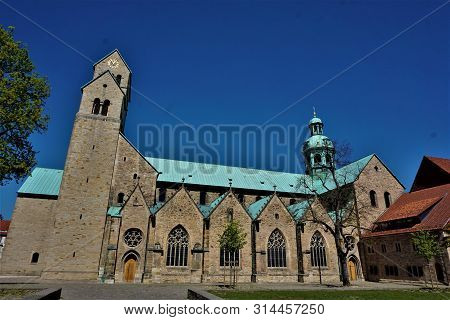 The Impressive Unesco World Heritage Site Hildesheim Cathedral
