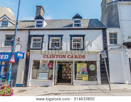 Aberystwyth, Wales / Uk - July 20th 2019 - Clinton Cards Shop Front. Clinton Cards Is A Uk Chain Of