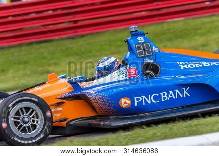 July 26, 2019 - Lexington, Ohio, USA: SCOTT DIXON (9) of New Zealand  practices for the Honda Indy 200 at Mid Ohio at Mid-Ohio Sports Car Course in Lexington, Ohio.