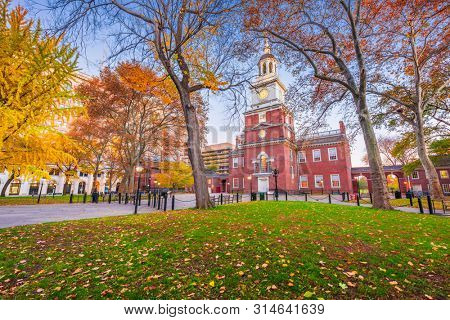 Independence Hall during autumn season in Philadelphia, Pennsylvania, USA.