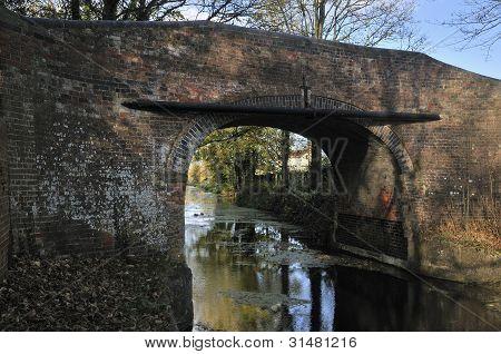 Newtown Roving Bridge