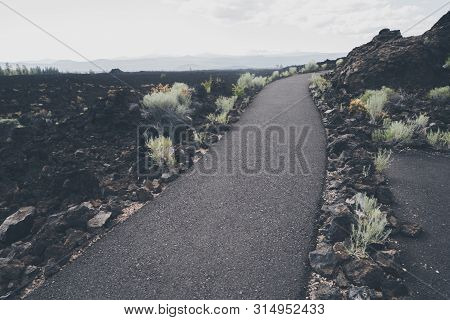Paved, Accessible Trail In The Lava Lands Trail Of Molten Lands In Newberry Volcano National Monumen