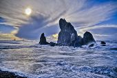 Rugged rocky coast of Ruby Beach in Washington State poster
