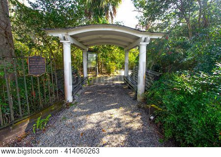 Charleston, South Carolina, Usa - February 22, 2021: Entrance And Plaque For The National Historical