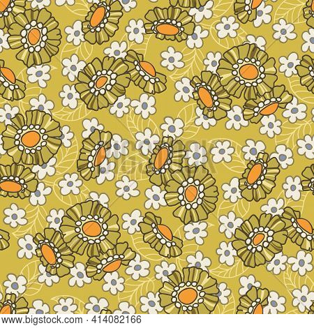 Colorful Mid Scale Hand-drawn Floral Vector Seamless Pattern. Retro 70s Style Nostalgic Fashion Text