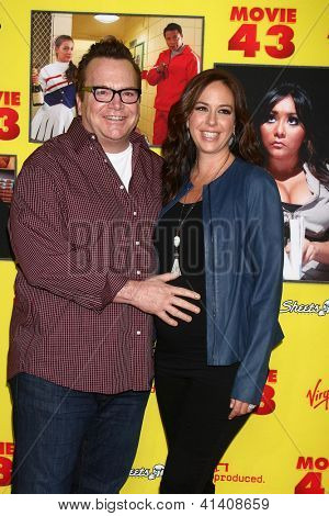 LOS ANGELES - JAN 23: Tom Arnold, wife at the