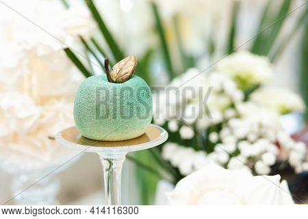 Wedding Candy Bar. Delicious Sweet Buffet With Cupcakes. Sweet Holiday Buffet With Cupcakes And Othe
