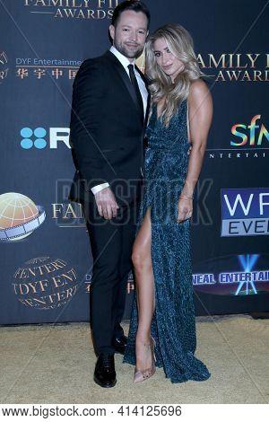 LOS ANGELES - MAR 24:  Pasha Pashkov, Daniella Karagach at the 14th Family Film Awards at the Universal Hilton Hotel on March 24, 2021 in Universal City, CA