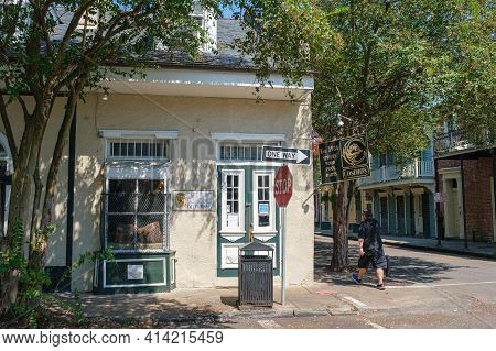 New Orleans, La - October 3: Famous Cosimo's Bar In The French Quarter On October 3, 2020 In New Orl