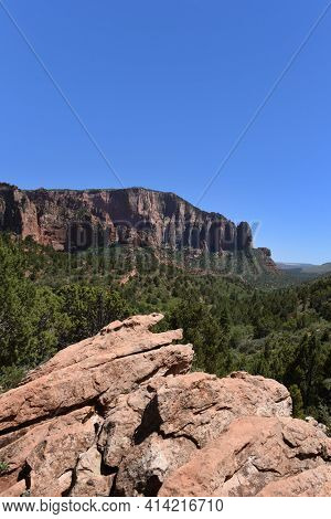 Kolob Canyons landscape in Zion National Park, in the northwest corner of the park, narrow parallel box canyons are cut into the western edge of the Colorado Plateau