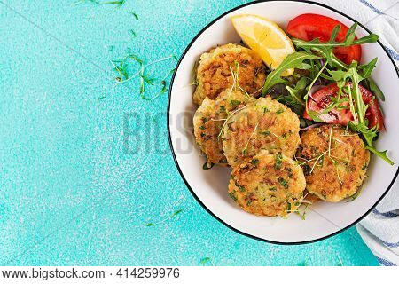 Homemade Fish Croquette With White Fish, Bulgur, Spinach And Breadcrumbs. Fritters From Minced Cod.
