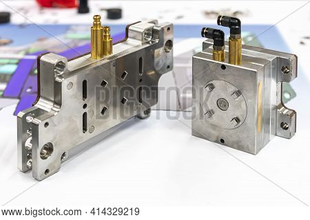 Plastic Injection Metal Mold Production From Manufacture By High Precision And Quality Cnc Machining
