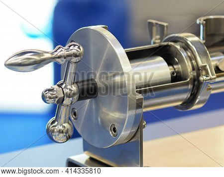 Stainless Steel Crank Driven Valve Assembly With Polished Surfaces