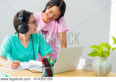 Happy Family Two Asian Woman Mother Parent Is A Teacher Advice Instruction Daughter Teenage Girl Stu