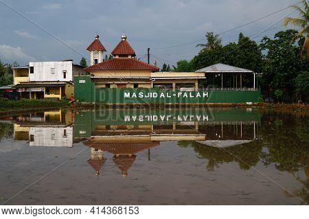 Yogyakarta, Indonesia. November 19, 2020: Al-falah Mosque In Tamantirto Village, Bantul
