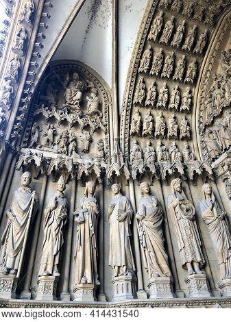 Metz, Lorraine, France - August 29, 2019: Metz Cathedral, A Roman Catholic Cathedraldedicated To Sai