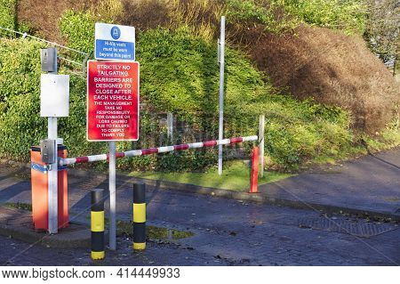Automatic Barrier Access Control Beware Bollards And Sign