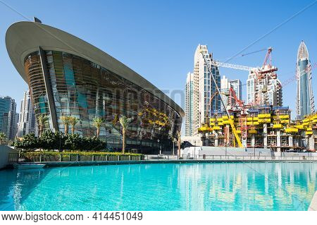 Dubai, United Arab Emirates - 09 December, 2018: Construction Of Modern Skyscrapers In The Centre Of