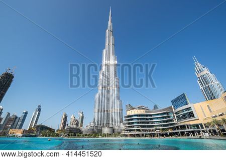 Dubai, United Arab Emirates - 09 December, 2018: View Of Burj Khalifa And Dubai Mall In The Center O
