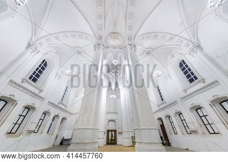 Belarus - May 2020:  Interior Dome And Looking Up Into Old Large Choral Jewish Synagogue Ceiling