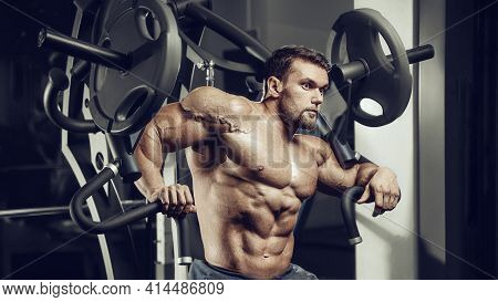 Brutal Sexy Strong Bodybuilder Athletic Fitness Man Pumping Up Abs Muscles Workout Bodybuilding Conc