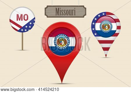 Missouri Us State Round Flag. Map Pin, Red Map Marker, Location Pointer. Hanging Wood Sign In Vintag