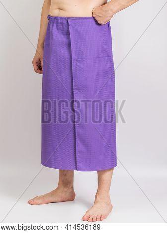 Bath Color Cotton Waffle Towel-kilt On The Model