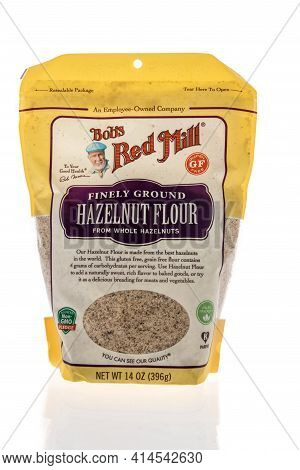 Winneconne, Wi - 27 March 2021: A Package Of Bobs Red Mill Hazelnut Flour On An Isolated Background