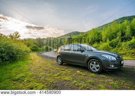 Wilshintsi, Ukraine - June 10, 2020: Hyundai And 30 Hatchback Car On A Country Road In The Foggy Mou
