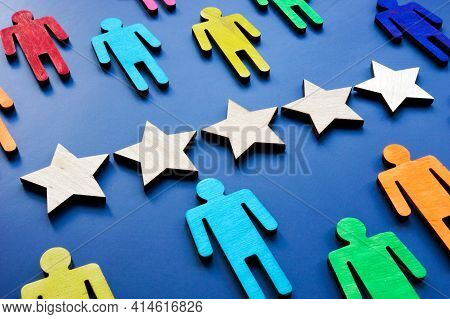 Customer Satisfaction With 5 Stars Concept. Colorful Figures As Consumers.