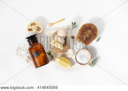 Eco Friendly Natural Cleaning Tools And Products, Bamboo And Coconut Dish Brushes, Luffa Sponge, Bak