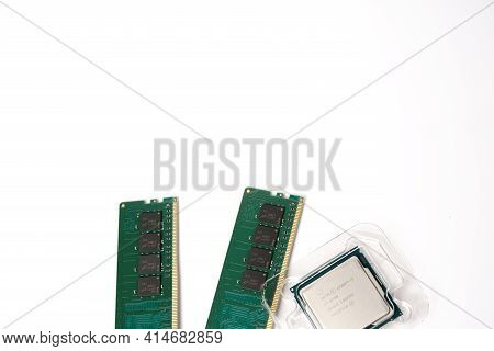 Moscow, Russia - March 3 2021: Two Branded 16gb Ddr4 Memory Strips Each And An Intel Corei7 9700 Pro