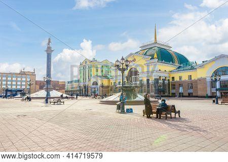 Krasnoyarsk, Russia - March 27, 2021: City Square In Front Of The Krasnoyarsk-passazhirsky Station.