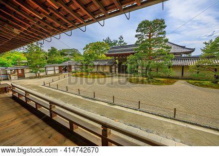 Kyoto, Japan - April 27, 2017: Japanese Rock Garden In Front Of Hojo Veranda In Tenryu-ji Zen Temple