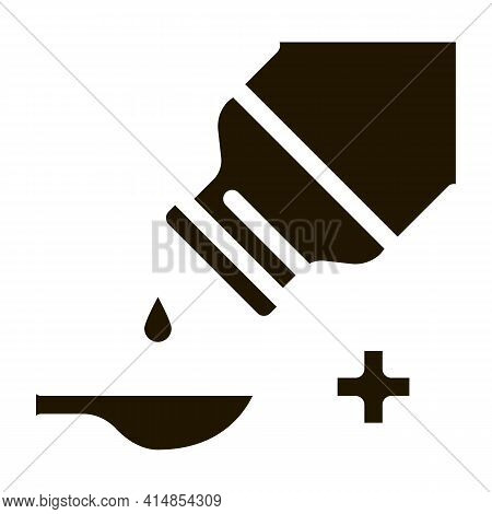 Drip Syrup Into Spoon Glyph Icon Vector. Drip Syrup Into Spoon Sign. Isolated Symbol Illustration