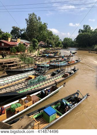 Inle Lake, Myanmar - November 9, 2019: Colorful Boats Stationed At In Dein Village In Inle Lake