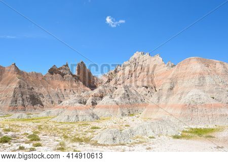 Badlands National Park landscape showing the layers in the sedimentary rock.