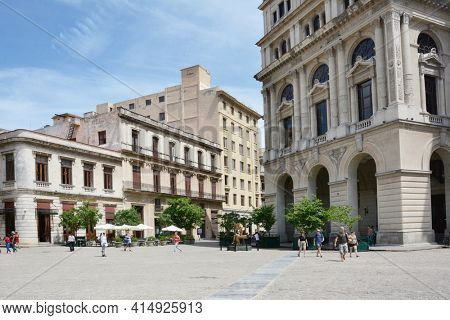 HAVANA, CUBA - JULY 21,2016: Plaza de San Francisco. The plaza is one of four plazas laid out in the 17th century, it takes its name from the Franciscan Convent built there.