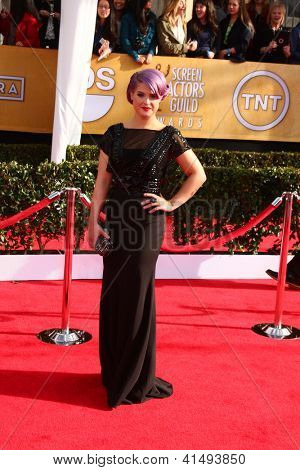 LOS ANGELES - JAN 27:  Kelly Osbourne arrives at the 2013 Screen Actor's Guild Awards at the Shrine Auditorium on January 27, 2013 in Los Angeles, CA